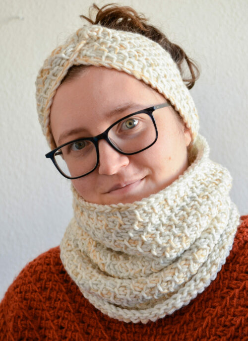 Honeycomb cowl and headband 12 scaled e1607858565980